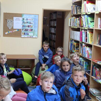 2.klase - viesojas pagasta bibliotēkā